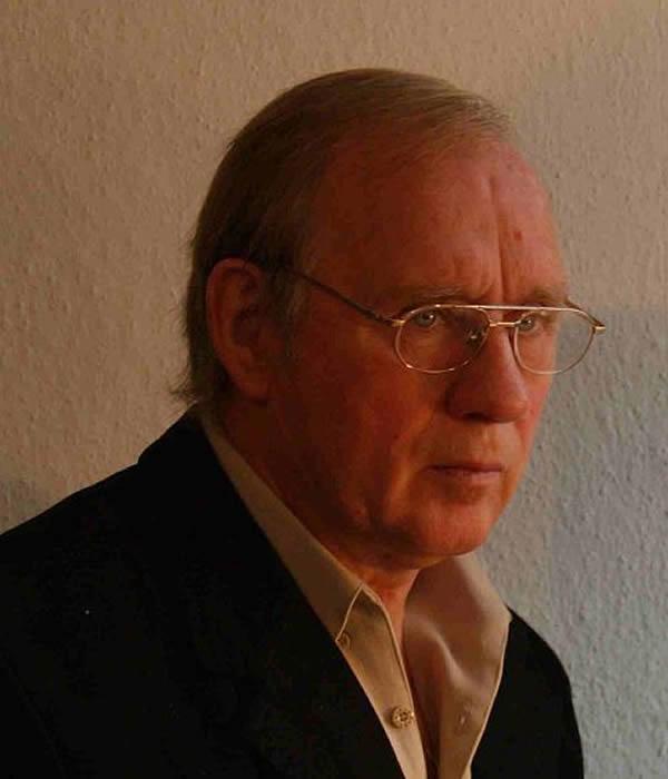 Dr. Klaus Freyer